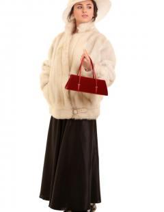 דגם 128 א' גבירה מעיל פרווה שמנת וכובע ליידי