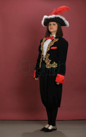 דוכס אציל שחור אדום